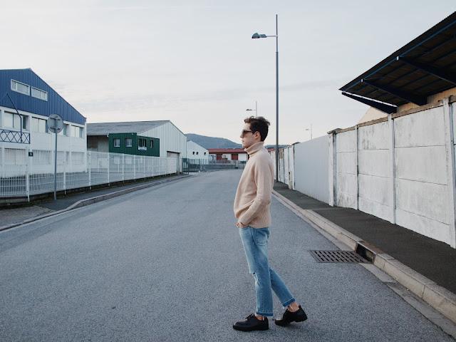 Homme man zara fashion young jean beige