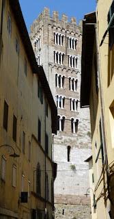 Campanario de la Basílica de San Frediano de Lucca.