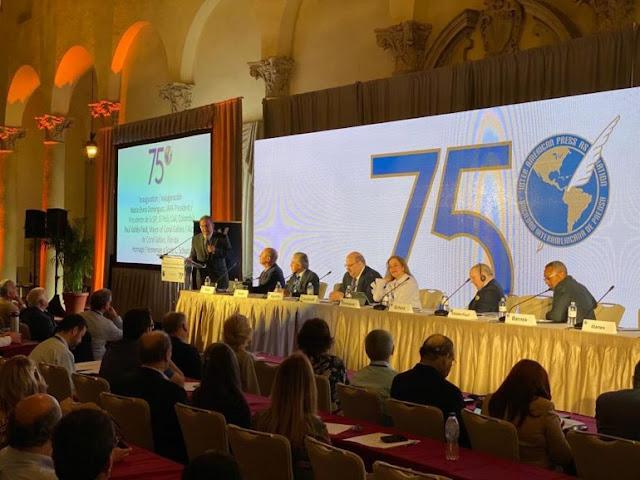 MUNDO: La SIP en Miami inició con llamado de continuar defendiendo la libertad de prensa en Cuba, Nicaragua y Venezuela.