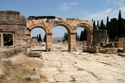 เฮียราโปลิส (Hierapolis) @ www.travelphotogallery.net