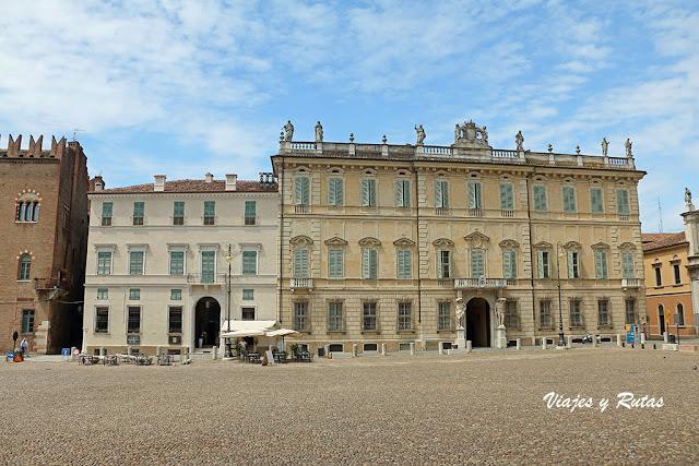 Palazzo Bianchi o Palazzo Vescovile de Mantua