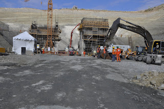Arrecian trabajo en construcción de la presa de Montegrande para que la obra concluya en el tiempo previsto