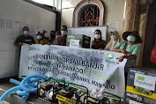Pegadaian Berikan Bantuan Untuk Korban Banjir dan Tanah Longsor di Manado