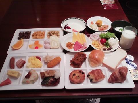 朝食ビュッフェ¥2,400-1 ホテルエミシア札幌カフェ・ドム