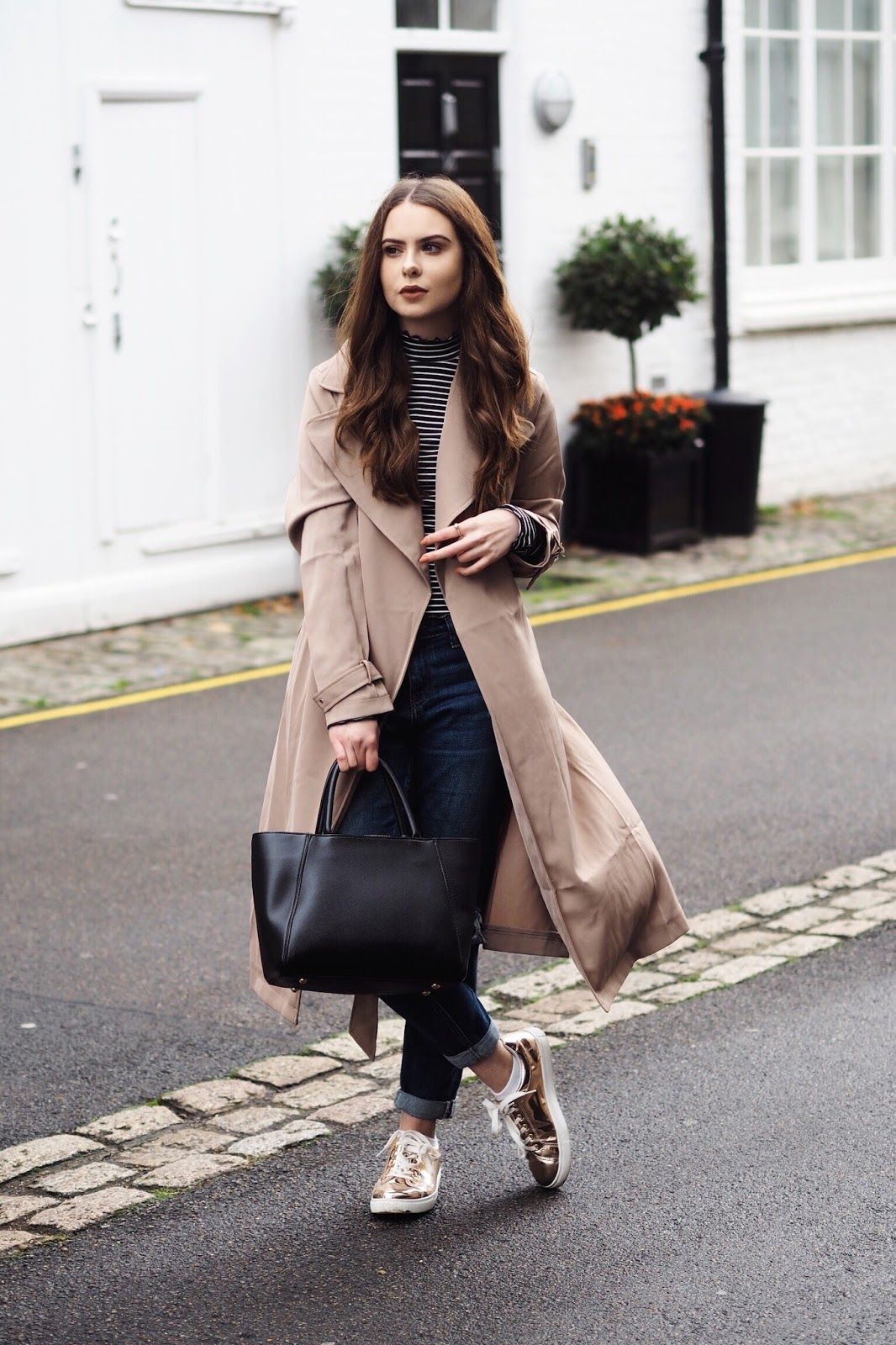The Pretty Little Thing autumn winter coat edit