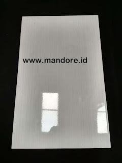 Keramik Dinding Kamar Mandi 25x40 Cm 3