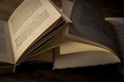 Paragraf Naratif, Contoh Paragraf Naratif Singkat dan Strukturnya