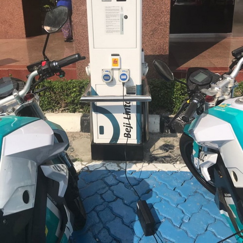 Tinuku Indonesia invites investors build battery charging stations