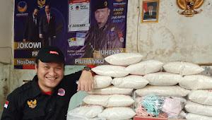 100 Paket Sembako,  Juhenry Terpanggil Untuk Berbagi