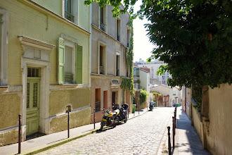 Paris : Flânerie printanière rue Laurence-Savart à Ménilmontant - XXème
