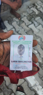 2 Men Caught Claiming To Be EFCC Operatives With Fake EFCC IDs Trying To Extort Money In Lagos
