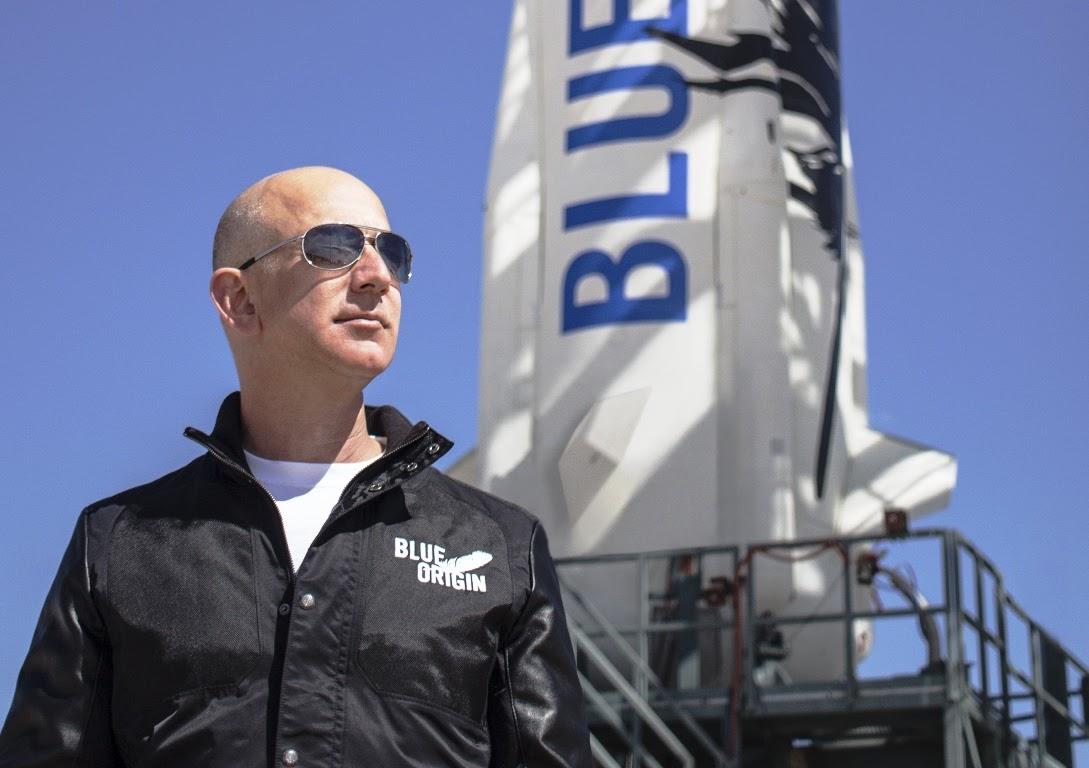 New Shepard, annunciato il 1° volo spaziale suborbitale commerciale con esseri umani a bordo, by Blue Origin!