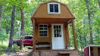 A Eco-Friendly Tiny House