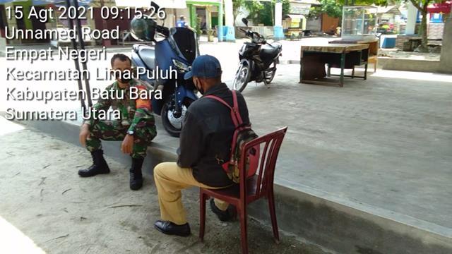 Dengan Cara Komsos, Personel Jajaran Kodim 0208/Asahan Himbau Warga Pakai Masker