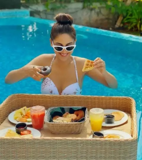 Krystle-dSouza-hot-bikini-images