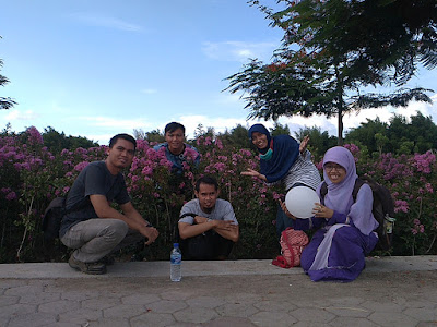 Wisata Gratis di Hutan Bambu dan Taman Sakura Surabaya