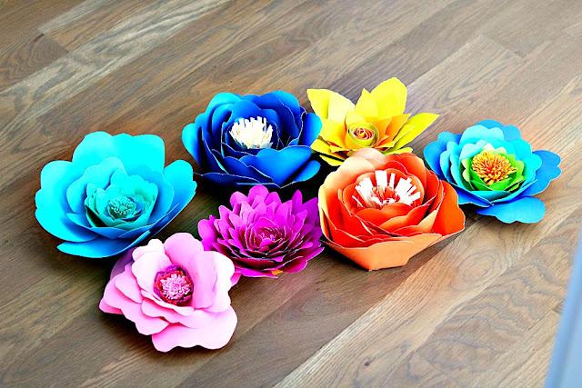athomewithjemma.com. handmade, paper, flowers, crafts, holidays, easy