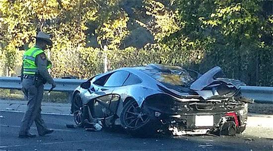 McLaren P1 batida
