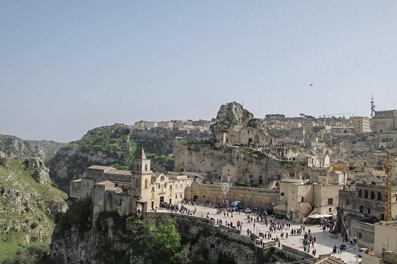 Itinerario Puglia e Matera vista sul sasso caveoso