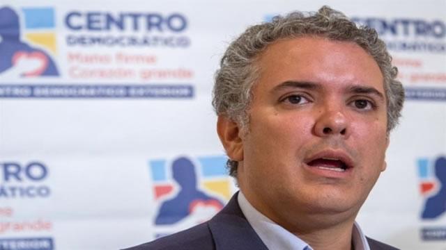 Iván Duque repunta y empata con Petro en intención de voto para presidenciales en Colombia