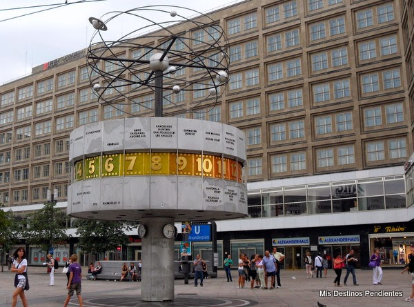 Reloj Mundial en Alexanderplatz (Berlín, Alemania)