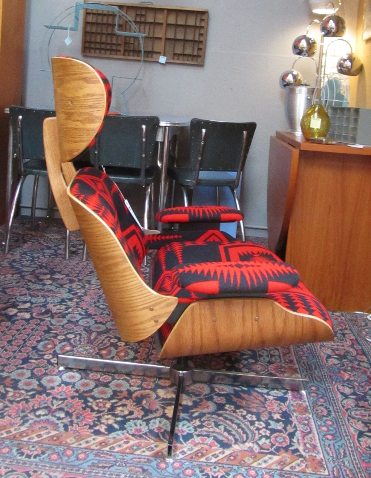 Remnant Reupholstered Eames Style Lounge Chair Amp Ottoman