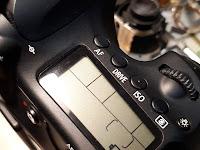Kamera DSLR Canon 60D Baterai Berkedip Indikator