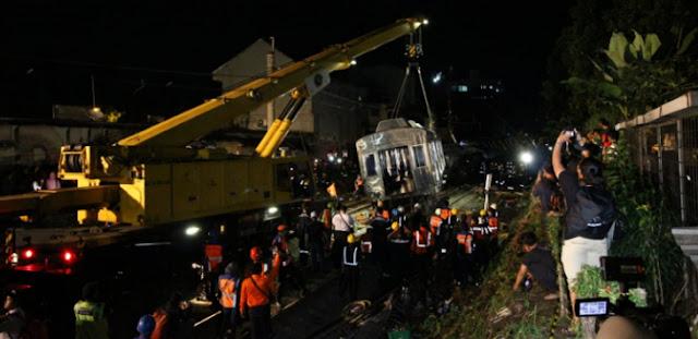 KRL Bogor – Jakarta Mulai Layani Penumpang Hari Ini, tapi…