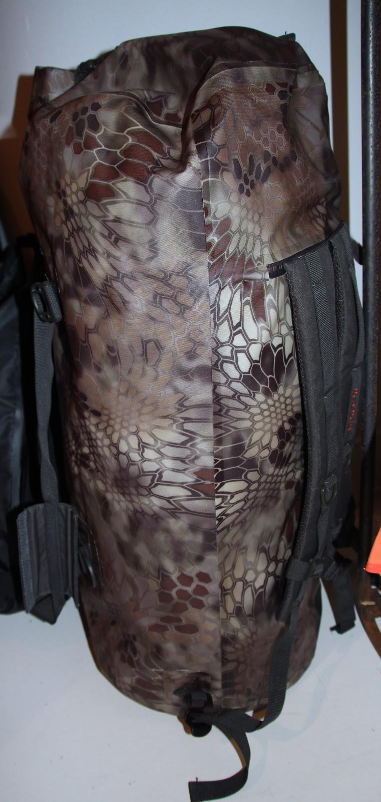 grundéns gage rum runner 30l backpack