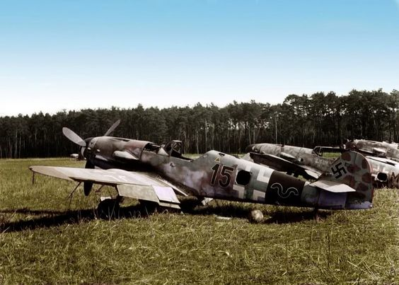 Bf-109K Planes in color worldwartwo.filminspector.com