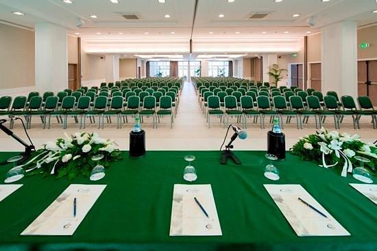 hotel-corallo-sala-congressi