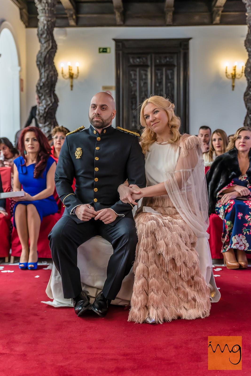 Fotografía de boda. Novios en la ceremonia.