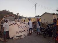 Gaji Belum Dibayar, Pekerja Rumah Paska Banjir di Oi Fo'o Mogok Kerja