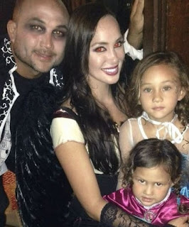 Penn With His Girlfriend And Kids