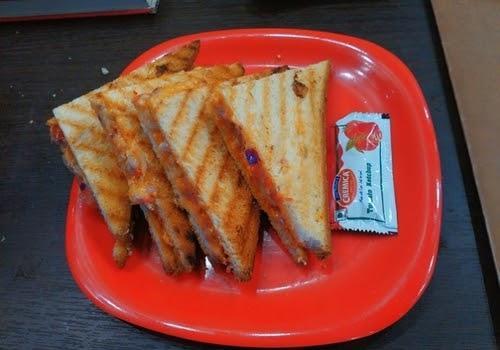 aloo masala sandwich recipe in hindi || Tawa sandwich recipe in hindi