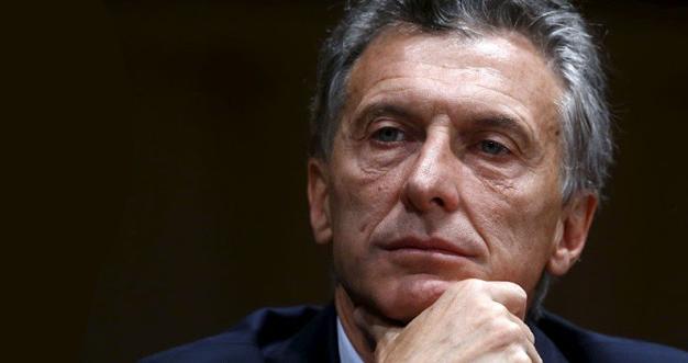 Mauricio Macri vinculó la lucha obrera con actitudes mafiosas