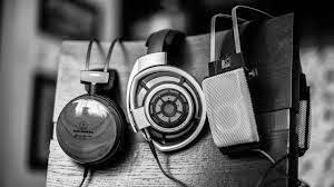Dengerin Radio Online di Seluruh Indonesia