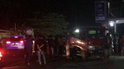 Kecelakaan di Bone, Kijang Tabrak Truk Antri di SPBU