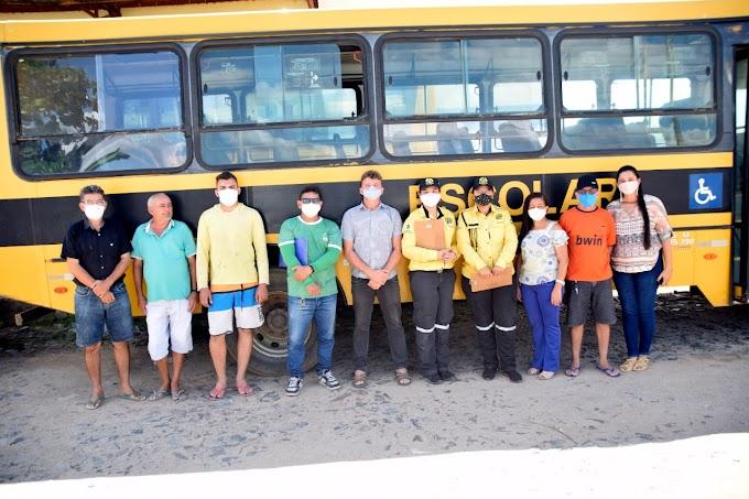 Detran-CE realiza vistoria nos veículos do transporte escolar do município de Cariré