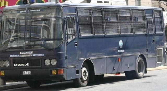 Aνακοίνωση από τους αστυνομικούς: «Παίζεται η ζωή μας κορώνα γράμματα»
