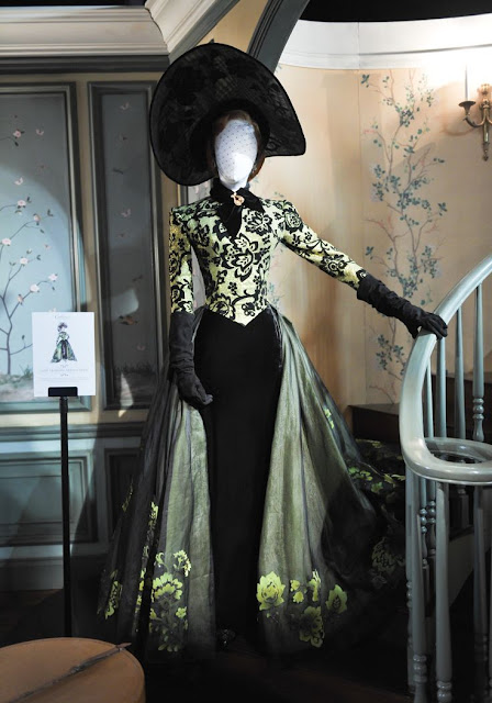 Indicados ao Oscar 2016: Melhor figurino,  Kate Blanchett, Lady Traimany, madrasta má, vestido no manequim