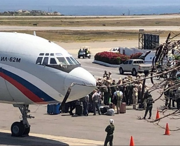 Ρωσικά στρατιωτικά αεροσκάφη με «τεχνική βοήθεια» στη Βενεζουέλα