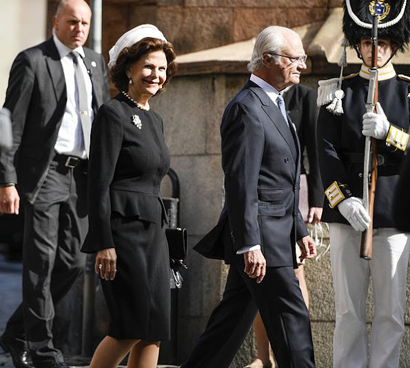 Queen Silvia, Crown Princess Victoria, Prince Daniel, Prince Carl Philip, Princess Sofia and Princess Madeleine