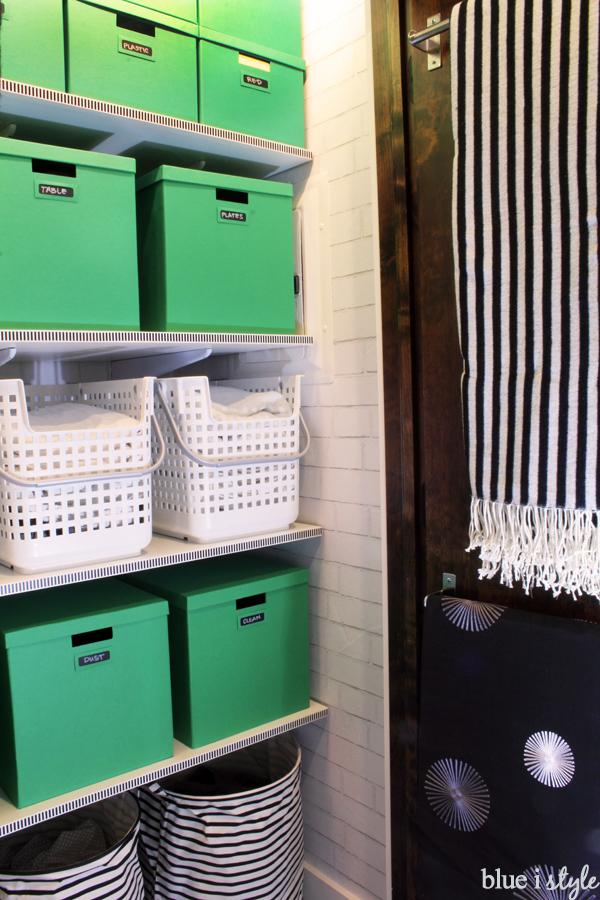 organizing with style Stylish Functional Linen Closet Blue i
