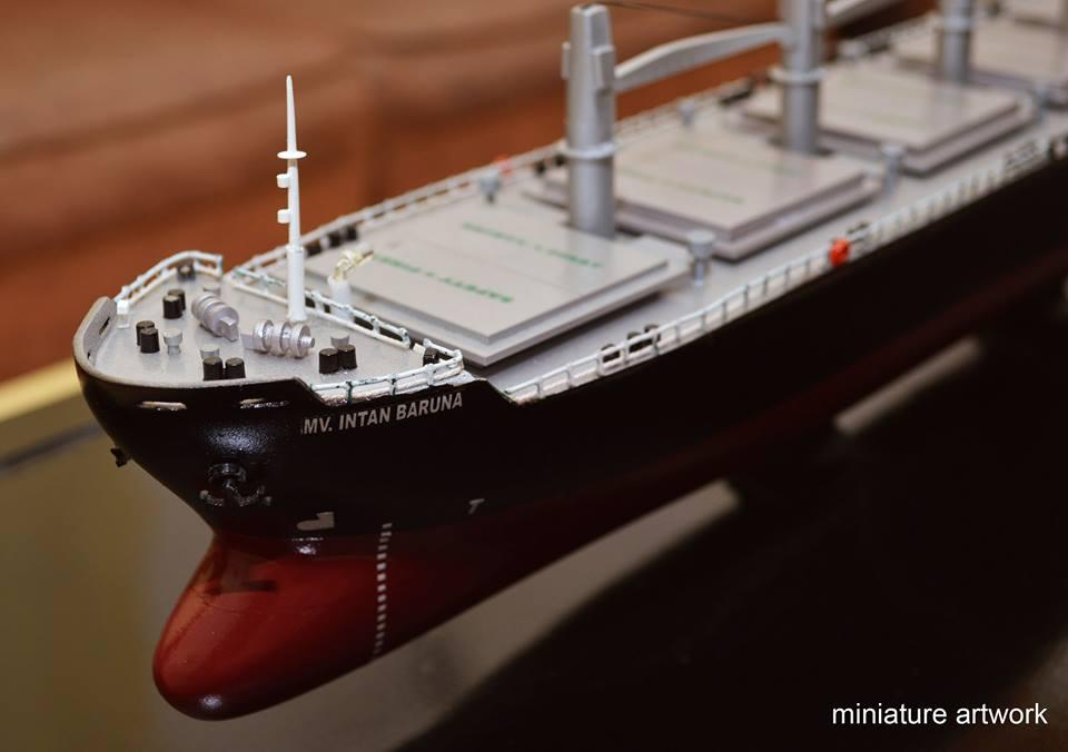 desain sketsa miniatur kapal general cargo bulk carrier mv intan baruna terbaik jakarta