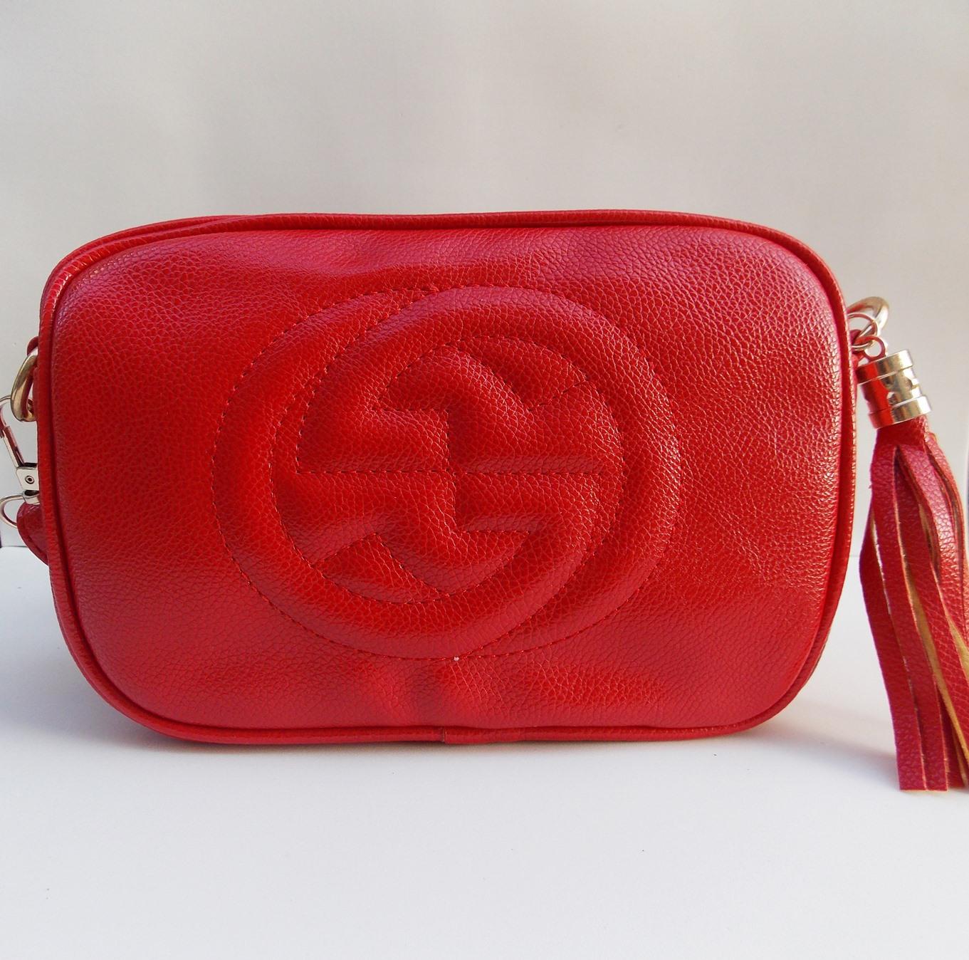 222fa0434 Um modelo que está sendo muito pedido é a Gucci Soho Disco Inspired,  recebemos em preta e vermelha. A preta já esgotou mas a vermelha ainda está  disponível, ...