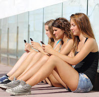 A triste geração que tudo idealiza e nada realiza