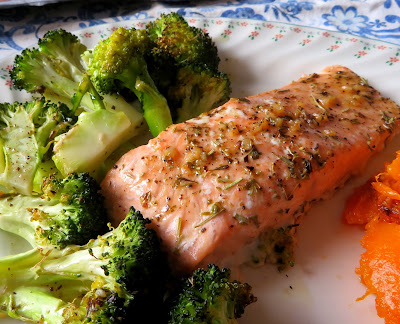 Garlic Butter Salmon & Broccoli for two