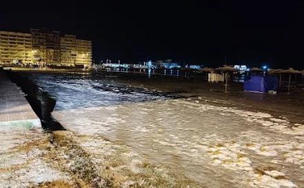 Ισπανία: Ο καύσωνας προκάλεσε μετεωρολογικό τσουνάμι – Πώς η θάλασσα βγήκε στη στεριά