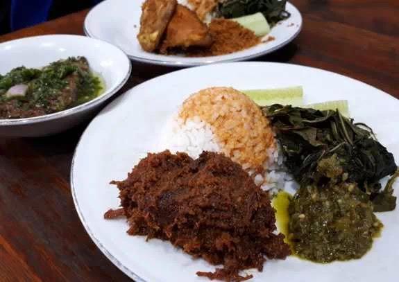 Rumah Makan Padang di Bandung